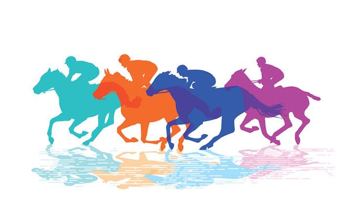 走り並ぶ馬